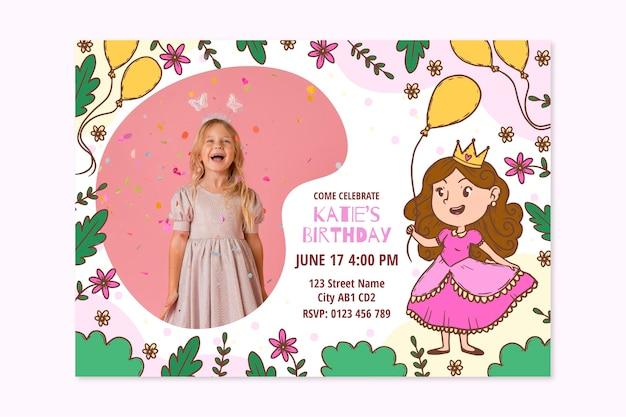 Modèle d'invitation d'anniversaire princesse dessiné à la main avec photo