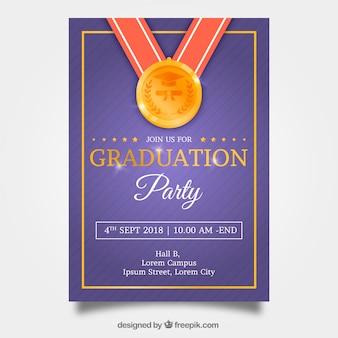 Modèle d'invitation classique de graduation avec un design réaliste