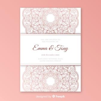 Modèle d'invitation de mariage élégant avec mandala