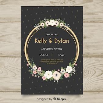 Modèle d'invitation de mariage floral avec des éléments dorés
