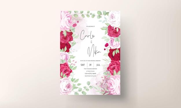 Modèle d'invitation de mariage floral rouge et rose romantique avec fond d'encre à l'alcool