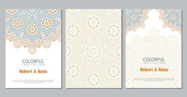 Modèle d'invitation de mariage mandala coloré.