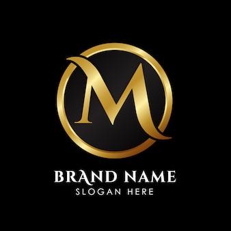 Modèle de lettre de luxe m logo en couleur or.