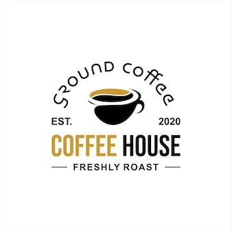 Modèle de logo de café insigne simple