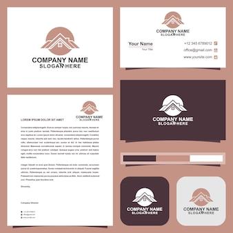 Modèle de logo et carte de visite immobilier