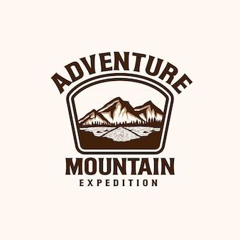 Modèle de logo emblème de montagne