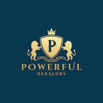 Modèle de logo héraldique puissant. lion d'or avec bouclier