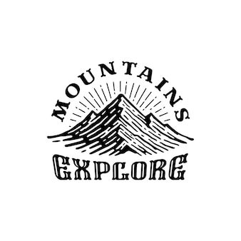 Modèle de logo inspiration de vintage mountain, logo rétro d'aventure en plein air.