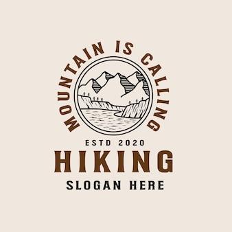 Modèle de logo lineart aventure en montagne