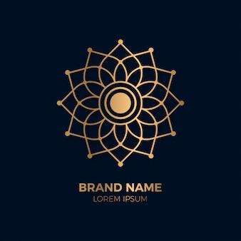 Modèle de logo de mandala floral fleur abstraite d'or