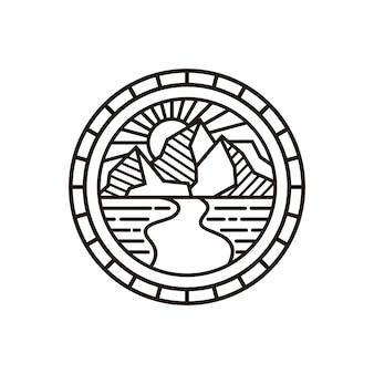 Modèle de logo de montagne noir et blanc