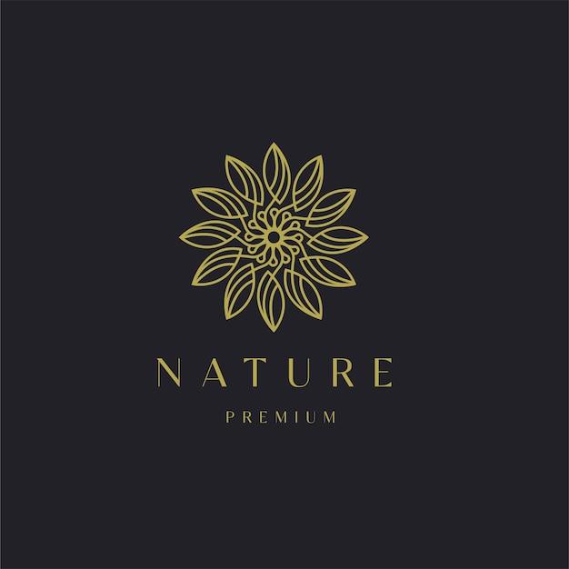 Modèle de logo d'ornement de feuille florale nature luxueuse. illustration moderne de produit cosmétique de yoga élégant spa beauté or