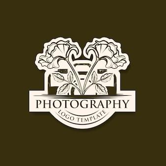 Modèle de logo photographie dessin main vintage