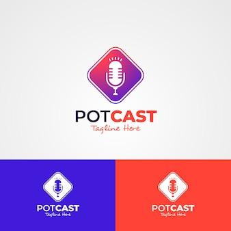 Modèle de logo de podcast détaillé