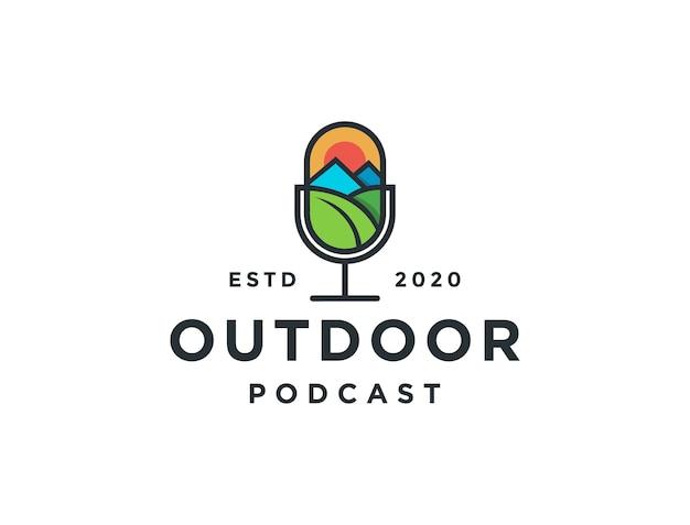Modèle de logo de podcast microphone minimaliste