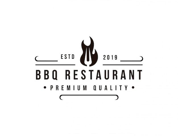 Modèle de logo de restaurant de barbecue