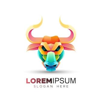 Modèle de logo de tête de taureau coloré