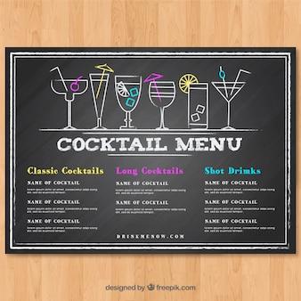 Modèle de menu cocktail dans le style de tableau noir