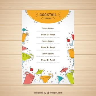 Modèle de menu de cocktails avec différentes liqueurs