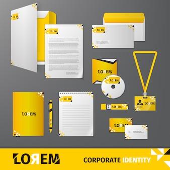 Modèle de papeterie d'affaires technologie géométrique jaune pour identité corporative et jeu de marque