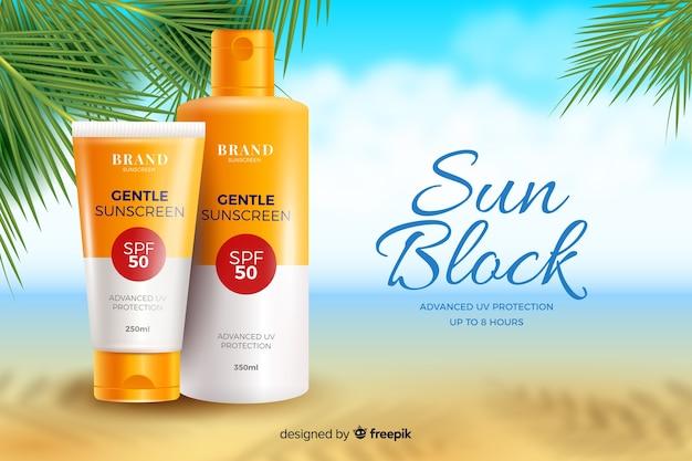 Modèle publicitaire réaliste d'écran solaire avec plage