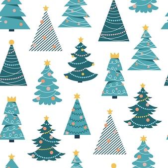 Modèle sans couture avec des arbres de noël de dessin animé sur fond blanc scandinave simple