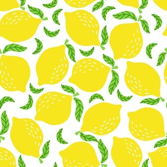 Modèle sans couture de citrons jaunes vifs et de feuilles dessinées à la main sur fond blanc