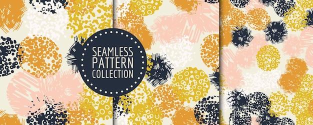 Modèle sans couture contemporain coloré avec des formes abstraites
