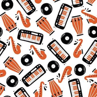 Modèle sans couture dessiné main d'instrument de musique. style de croquis plat.