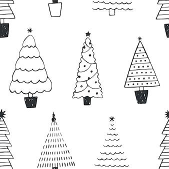 Modèle sans couture avec différents arbres de noël ou épicéas dessinés avec des lignes de contour noires sur fond blanc. toile de fond avec forêt de conifères ou bois. illustration vectorielle monochrome dans le style doodle.