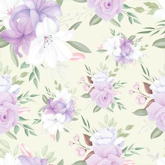 Modèle sans couture élégant avec de belles fleurs et feuilles blanches et violettes