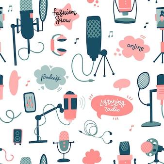 Modèle sans couture d'éléments de podcast mic avec bulle de dialogue