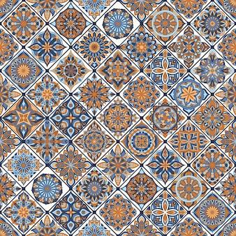 Modèle sans couture floral orné avec mandala vintage