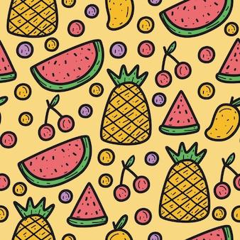 Modèle sans couture de fruits de dessin animé mignon dessinés à la main