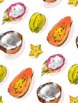 Modèle sans couture inhabituel texturé à main levée avec papaye de fruits tropicaux exotiques, fruit du dragon, noix de coco et carambole isolé sur fond blanc.