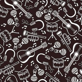 Modèle sans couture avec des instruments de musique dans un style doodle.