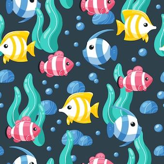 Modèle sans couture de poissons colorés en style cartoon.