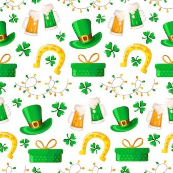 Modèle sans couture de la saint patrick - trèfle ou trèfle de dessin animé, guirlande, boîte-cadeau, bière, chapeau melon et fer à cheval doré