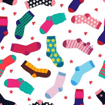 Modèle sans couture de vecteur avec différentes chaussettes drôles