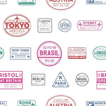 Modèle sans couture de vecteur de timbres de visa. lisbonne, tokyo, glasgow, brésil, sydney, new york texture de timbres colorés