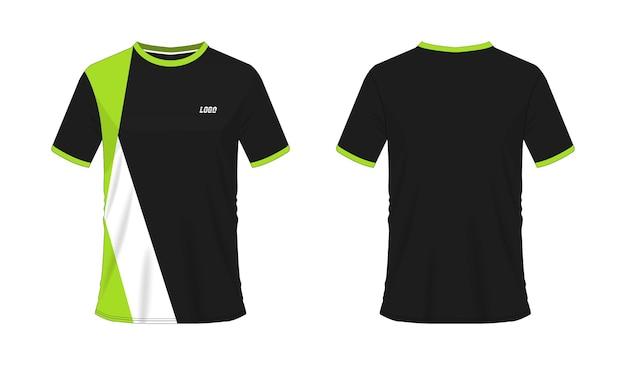 Modèle de t-shirt de football ou de football vert et noir pour club d'équipe sur fond blanc. maillot de sport,