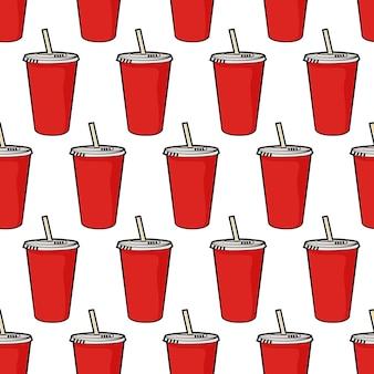 Modèle avec tasse de soda rouge jetable avec paille