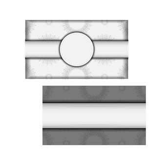 Modèle vectoriel pour cartes postales de conception d'impression couleurs blanches avec mandalas. préparer une invitation avec une place pour votre texte et vos ornements vintage.