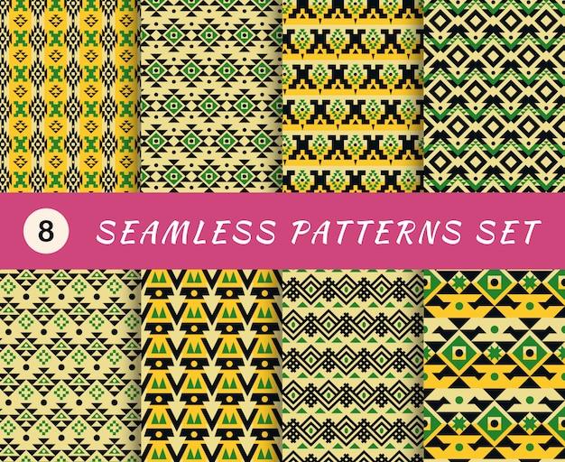 Modèles sans couture sertis de textures géométriques tribales mexicaines ou aztèques sans fin. arrière-plans abstraits. collection de papiers peints avec des éléments en tissu