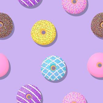 Modèles sans soudure mignon donut sur fond violet.