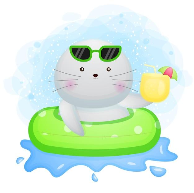 Morse de doodle mignon avec une bouée de natation et tenant le personnage de dessin animé de jus de fruits frais