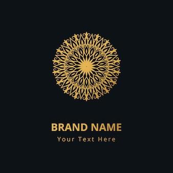 Motif de décoration de fond de mandala d'or