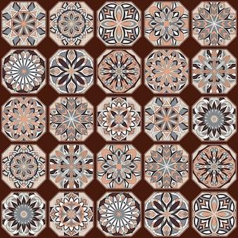 Motif sans soudure floral ethnique avec des éléments de mandala vintage.