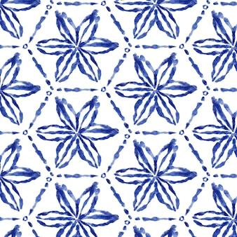 Motif shibori floral aquarelle