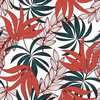 Motif tropical sans couture à la mode avec des plantes colorées et des feuilles sur fond clair